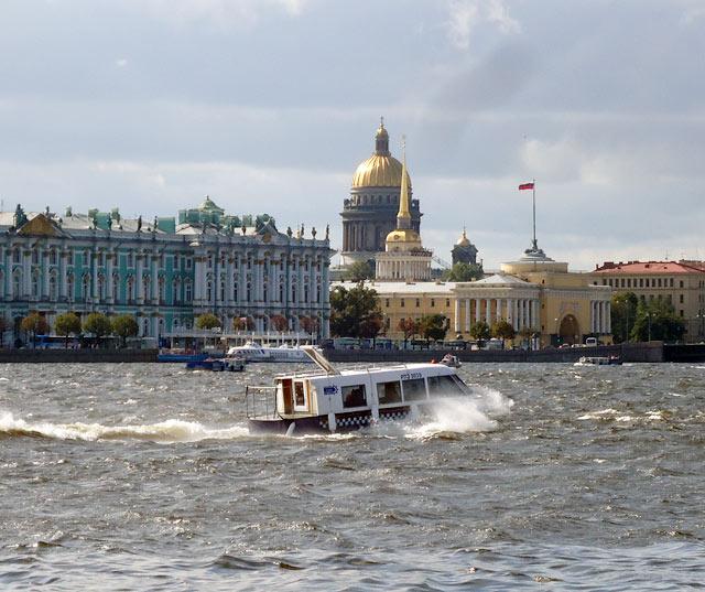 Зимний дворец.Санкт-Петербург.Фото: http://www.hellopiter.ru/Photo_winter_%20palace.html