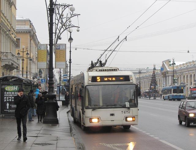 общественный транспорт санкт-петербурга.