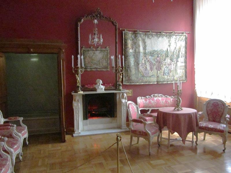 Юсуповский дворец гардеробная князя