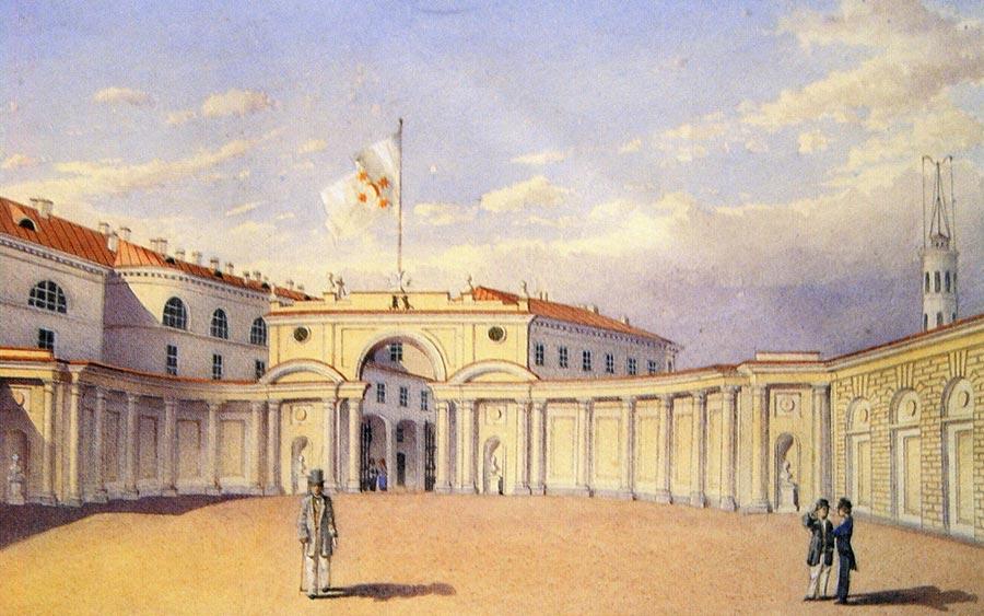 двор Юсуповского дворца.